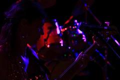 Soulband Achterwahn - Martina [bass] (reinh_3008) Tags: concert achterwahn bass martina silhouette impression konzert woman hot musician
