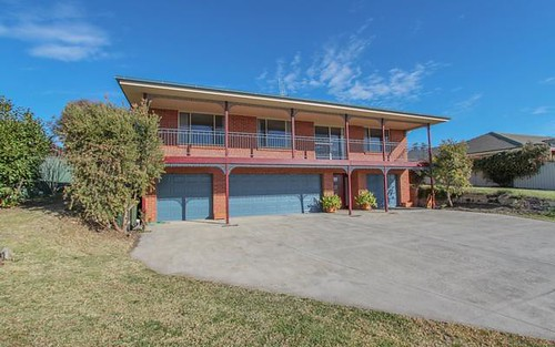 9 Hurley Close, Llanarth NSW