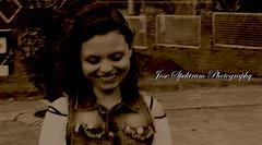 _MG_9161 (josespektrumphotography) Tags: mujer linda sepia risas hermosa modelo coqueta josespektrumphotography