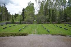 DSC_0535 (porkkalanparenteesi) Tags: hautausmaa neuvostoliitto porkkalanparenteesi porkkala soviet suomi kirkkonummi kolsari kolsarby