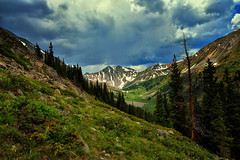 Thunderstrom and lapalta gulch july3 7 7 2017 (crps_1964) Tags: tiempo clima climate weather geologicformation geology rockymountains rockies hiking colorado sawatchrange fourteener laplatapeak tundra verano summer mountains montaña tormentaeléctrica thunderstorms