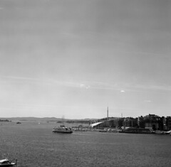 Oslo Fjord (Rosenthal Photography) Tags: 20170702 ff120 stadthalle bnw schwarzweiss olso fjord asa400 epsonv800 mittelformat ilfordxp2 norwegen bw hafen 6x6 zeissikonnettar51816 analog norway oslo city mediumformat 75mm ilford hp5 hp5plus zeiss ikon nettar epson v800 sea northernsea