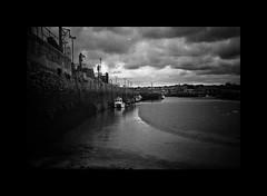 Hayle Harbour [Olympus 35RC] (Mr B's Photography) Tags: film filmcamera harbour boats blackandwhite kodak olympus35rc