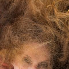 Christine (3) (Hans Dethmers) Tags: rood portrait portret woman wife hair haar langhaar langeharen