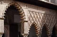 Reales Alcázares de Sevilla (Mark Wordy) Tags: seville sevilla spain realesalcázaresdesevilla alcazarofseville gameofthrones dorn thecourtyardofthemaidens arches moorish