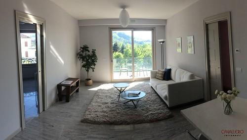 Finestra scorrevole in appartamento moderno