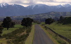 The Road (Raikyn) Tags: hawkesbay road nz newzealand landscape snow mountains