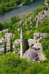 42 - Bosnie-Herzégovine, Počitelj, au bord de la Neretva (paspog) Tags: mai may europe islan bosnieherzégovine počitelj neretva