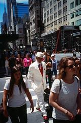 000051160012 (Joseph Chao) Tags: usa us color reversal slides fujichrome fuji film nyc new york newyorker buyfilmnotmegapixels rvp velvia 35mm leica m6 summicron street snapshot people city