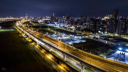 板橋,台64快速道路夜景。
