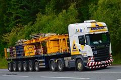 AINSCOUGH CRANE HIRE LTD SCANIA R580 V8 TOPLINE STREAMLINE 6x4 MA65 BAU (denzil31) Tags: ainscoughcranehireltd ltm175091 liebherr ballast heavycranedivision jamesjack trailer tabletop nooteboom heavyhaulage stgocat3 streamline topline 6x4 scania scaniatrucks