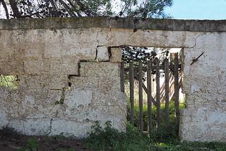 Cracked wall near the Serranova castle