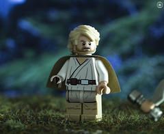 The Last Jedi (jezbags) Tags: lego legos toys toy starwars star wars legostarwars minifigure minifigures macro macrophotography macrodreams macrolego canon60d canon 60d 100mm closeup upclose luke skywalker jedi last lightsaber