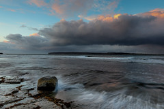 7MML7199 (mikemarshall2) Tags: dunnetbay approachingstorm scotland caithness