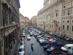 Rome in the rain (Paula Luckhurst) Tags: rome cities europe streets cars buildings architecture urban outdoor rain