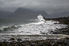 Elgol-Ecosse-6 (jdufrenoy) Tags: cullins ecosse elgol iledeskye isleofskye mountains rocks scotland skye waves automne autumn beach clouds landscape paysage reflections sea water écosse royaumeuni