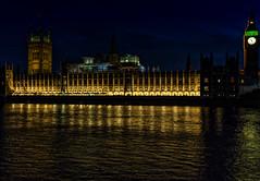 Palace of Westminster London (Roman Achrainer) Tags: westminster palaceofwestminster housesofparliament london grosbritanien england themse nachtaufnahme wasser architektur achrainer