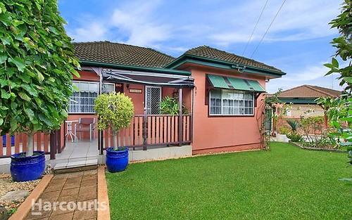 25 Blakemore Avenue, Kanahooka NSW