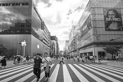 APPLE VS DA VINCI (ajpscs) Tags: ajpscs japan nippon 日本 japanese 東京 tokyo city people ニコン nikon d750 tokyostreetphotography streetphotography seasonchange summer natsu なつ 夏 street shitamachi monochromatic grayscale monokuro blackwhite blkwht bw blancoynegro othersideoftokyo strangers blackandwhite monochrome urban walksoflife 白&黒 streetoftokyo applevsdavinci apple davinci