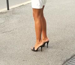 Street feet (671) (♠I Love Feet & Shoes♠) Tags: street sexy feet lingerie tights heels highheels sandali scarpe piedi sandals shoes chaussures pieds sandales schuhe sandalen füse ноги сандалий ботинок туфля pie zapatillas sandalias pés πόδια sapatos παπούτσια sandálias σανδάλια calcanhares каблуки mules huf hoof casco οπλή копыто stockings bas strümpfe medias meias κάλτσεσ чулки sabot pantyhose