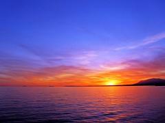 Puesta de sol (Antonio Chacon) Tags: andalucia atardecer marbella málaga mar mediterráneo costadelsol cielo españa spain sunset sol puestadesol paisajes nubes nature naturaleza