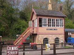 Highley Signal Box (Faversham 2009) Tags: highley signalbox severnvalleyrailway svr shropshire railway train