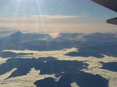 Chile, región Los lagos, vista aérea (Azaharito) Tags: chile vistaaérea nubes sky volcanos volcán