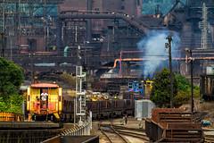 Pushing hard (arcadia1969) Tags: pittsburgh unionrr switchers steelmill edgarthompson uss ussteel hotslabs caboose