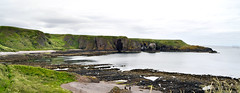 Stonehaven - Scogliere (Celeste Messina) Tags: scogliera cliff rock dunnottar castle castello mare maredelnord northsea scozia scotland scottish scozzese baia bay sea rocce stonehaven paesaggio natura nature landscape