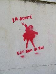 Anonyme (emilyD98) Tags: stencil pochoir maroc petit port wall mur rue insolite nazaire saint st art street urban exploration city ville