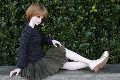 Sitting prettily (Win) Tags: souldoll kid junia luts model delf mdf hybrid