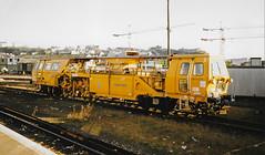 DR73278 Hastings 90s Scan (Waddo's World of Railways) Tags: dr73278 73278 tamper hastings 07tamper yellowplant hastingsstation balfourbeatty07