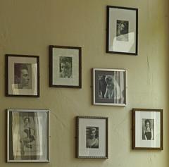 Famous lives passed (ArtGordon1) Tags: tonycurtis actors famouspeople thenagshead pub publichouse walthamstow walthamforest walthamstowvillage london england uk e17 davegordon davidgordon daveartgordon davidagordon daveagordon artgordon1 framedphotos