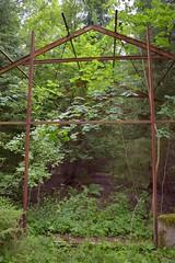 DSC_6153 (ErakkoPersoona) Tags: hylätty kasvihuone raunio kirkkonummi suomi finland ue urbanexploration urbanexploring exploring abandoned landscape