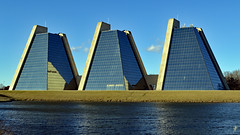 Pyramids (jcdriftwood) Tags: thepyramids collegepark indianapolis office officespace pond glass reflective angled triangular kevinroche