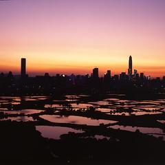 Sunset at the Boundary (鏡頭裡總有豐收) Tags: hasselblad 500cm zeiss 80mm f28 planar fujifilm provia 100 rdp hongkong hk landscape sunset mediumformat 120 6x6