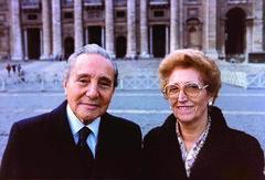 En Roma, en 1985 (Opus Dei Communications Office) Tags: tomásalvira paquitadomínguez matrimonioalvira alvira causadecanonización opusdei