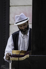 Music for the nostalgic (Kostis Tatakis) Tags: street streetphotography streetmusician man barrelorgan rhombia laterna nostalgia musician athens greece nikond7200