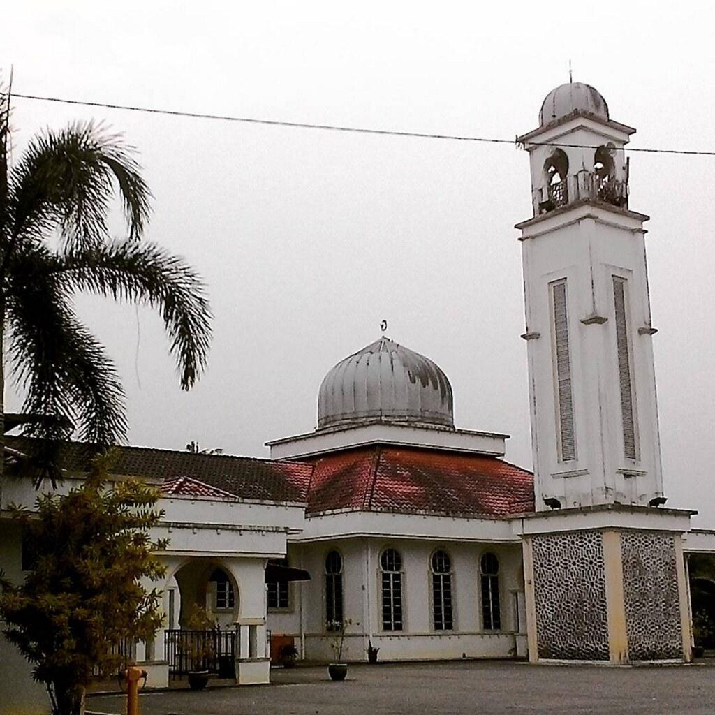 Muslim matchmaking masjid kampung siglap
