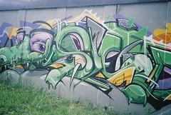 graff (knautia) Tags: streetart july 2017 bristol england uk film ishootfilm olympus xa2 olympusxa2 fuji superia 200iso graffiti sepr