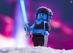 Aayla Secura (jezbags) Tags: lego legos toys toy minifigure minifigures macro macrophotography macrodreams macrolego canon60d canon 60d 100mm closeup upclose starwars wars star aayla secura lightsaber pink blue twilek jedi