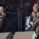 390-20170604_13th Wychwood Music Festival-Cheltenham-Gloucestershire-Main Stage-The Levellers-violin & guitar 1 thumbnail