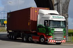 Stobart H2052 PE64 EPL Anna Marie at Widnes 6/3/17 (CraigPatrick24) Tags: eddiestobart stobartgroup stobart road vehicle transport truck lorry trailer delivery logistics cab scania scaniar450 widnes annamarie h2052 container skeletaltrailer pe64epl