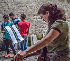 Musical color (Pejasar) Tags: musicstand grettal boys musiccolor guitar student escuelaintegrada guatemala antigua