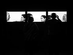conversations (Erwin Vindl) Tags: conversations streetphotography streettogs candid blackandwhite monochrome silhouettes tatemodern london erwinvindl olympusomd em10markii