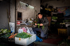 selling veg - people of Shanghai (Rob-Shanghai) Tags: china shanghai people veg leicaq seller shop street