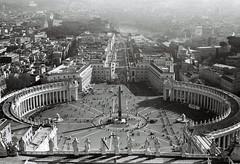 St. Peters Sqare (Jan Nemec) Tags: vatican voigtländer analog