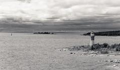Umeå lighthouse (Antti Tassberg) Tags: umeå kesä ruotsi landscape travel scandinavia seascape bw meri pilvi majakka blackandwhite cloud lighthouse monochrome sea sverige sweden västerbottenslän se