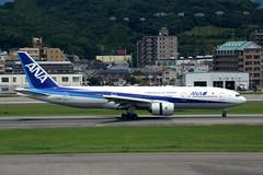 All Nippon Airways JA716A (Howard_Pulling) Tags: fukuoka airport fuk fukairport japan japanese howardpulling