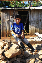 Daniel (beckybarnett303) Tags: gente persona personal people portrait portraiture shadow contrast boy children nicaragua outdoors outside child